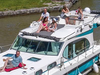 location bateau Quattro Fly C