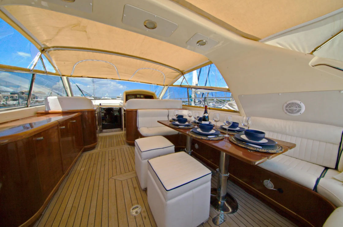 inside Gianetti 55 Sport
