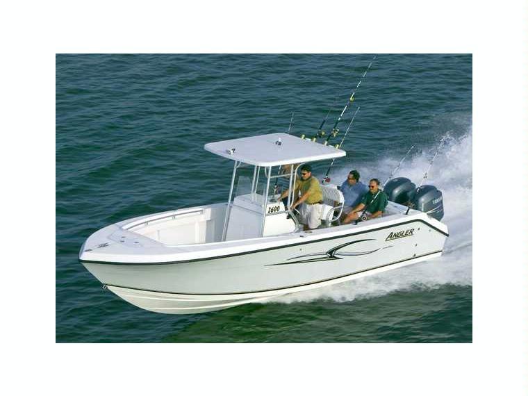 location bateau Angler 2600CC