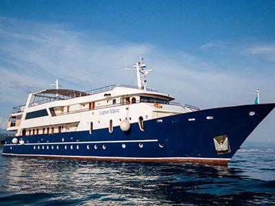 location bateau Lupus Mare