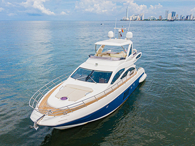 location bateau Azimut 64 Fly