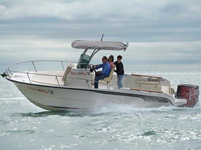 location bateau Ostrea 800 T-Top