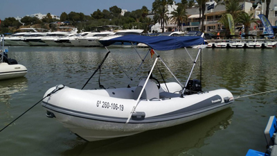 location bateau Protender SX 440