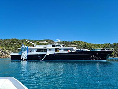 location bateau Alaya