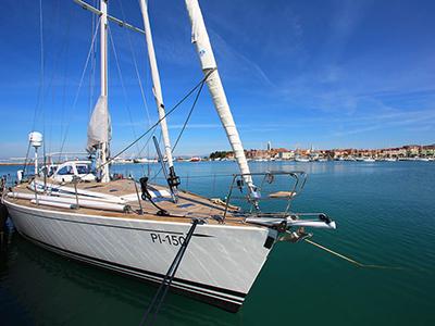 location bateau Swan 62