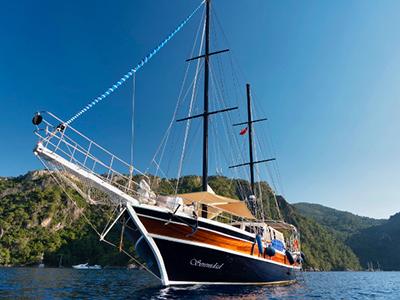 location bateau Serenidad