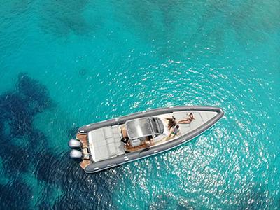 location bateau Scorpion Seafarer 36