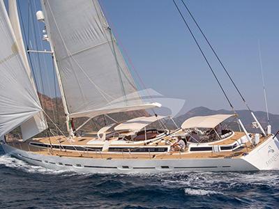 location bateau Savarona