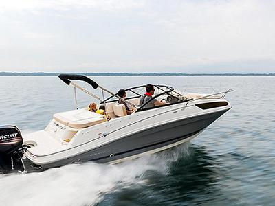 location bateau Bayliner VR5