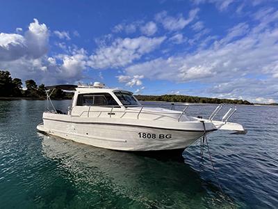 location bateau Nautika 690K