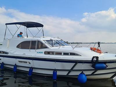 location bateau Europa 500