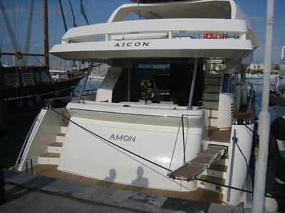 Location bateau  Aicon 90