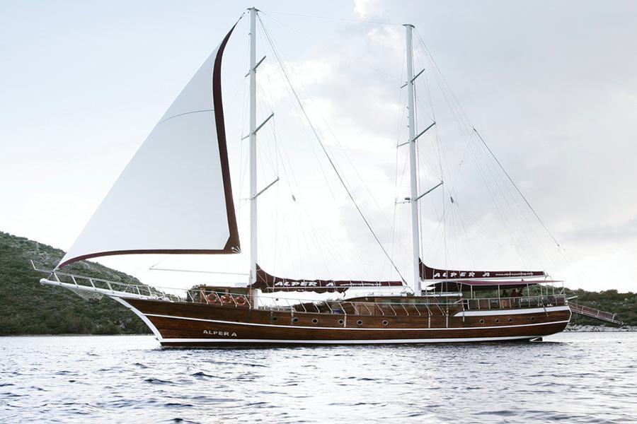 location bateau Alper A
