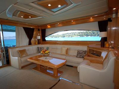 intérieur Astondoa 72
