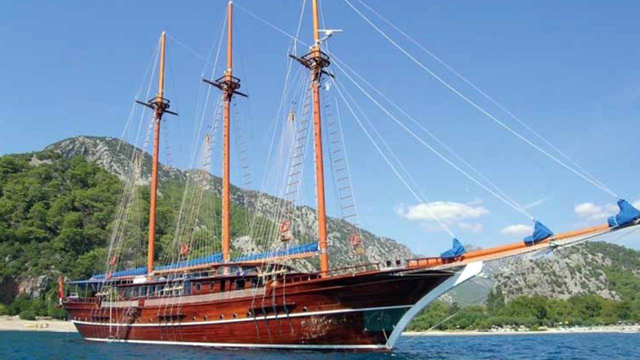 location bateau Bahriyeli-C