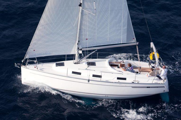 location bateau Bavaria 32 Cruiser
