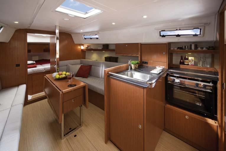 intérieur Bavaria 32 Cruiser