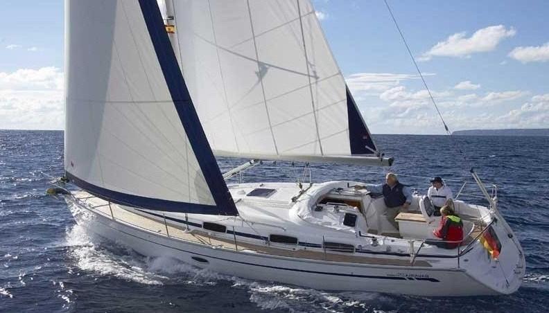 location bateau Bavaria 33 Cruiser