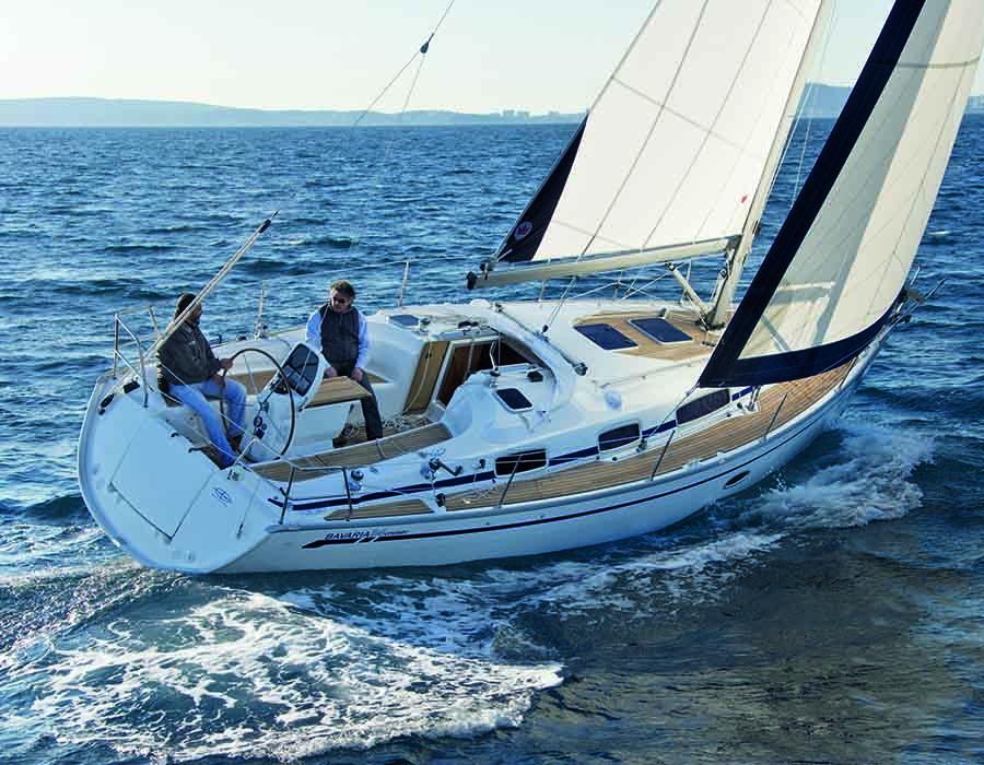 esterno Bavaria 34 Cruiser
