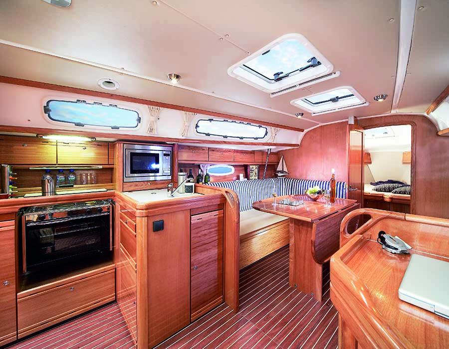 interno Bavaria 34 Cruiser