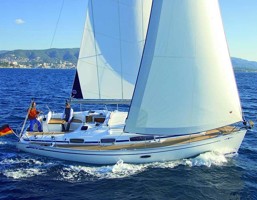 äußere Bavaria 35 Cruiser