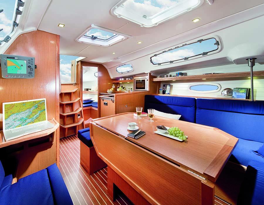 innen Bavaria 35 Cruiser
