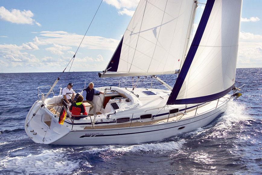location bateau Bavaria 37 Cruiser