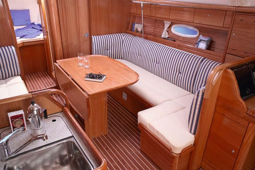 innen Bavaria 37 Cruiser