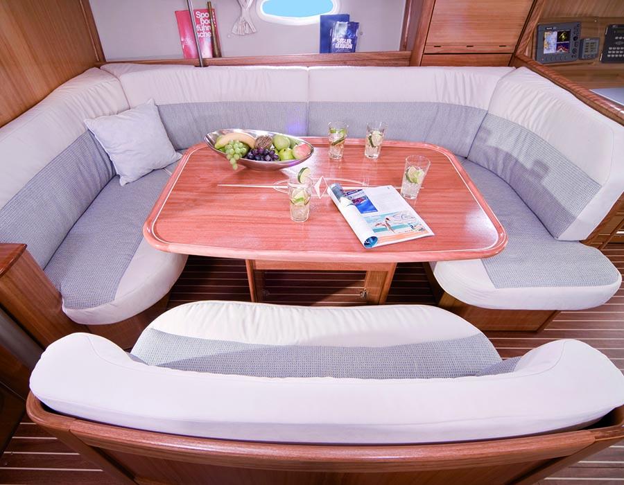 intérieur Bavaria 40 Cruiser