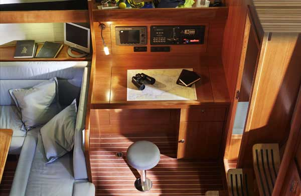innen Bavaria 43 Cruiser