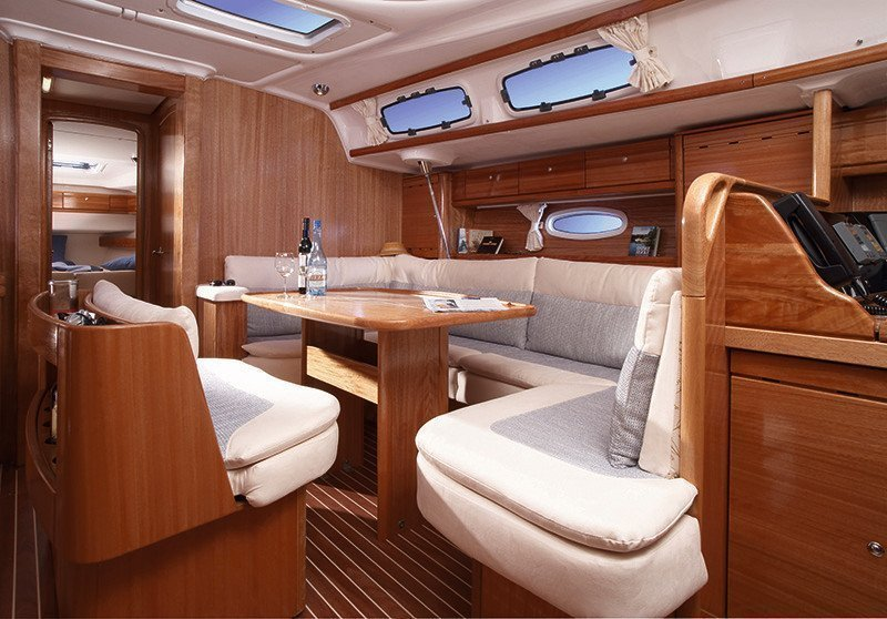 inside Bavaria 46 Cruiser