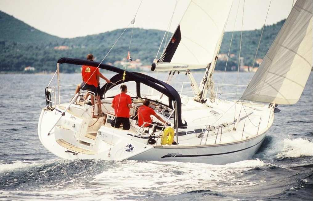 äußere Bavaria 49 Cruiser