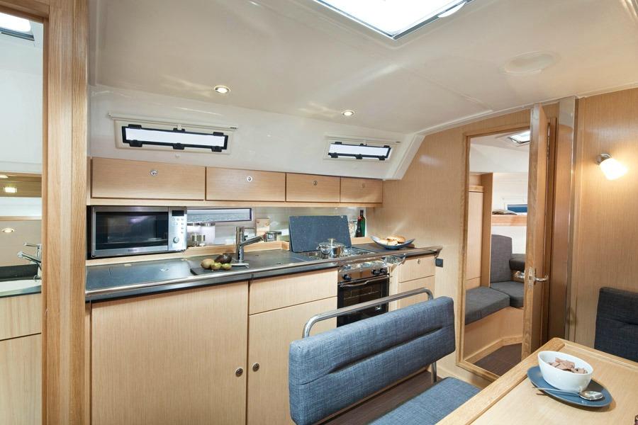 innen Bavaria Cruiser 40