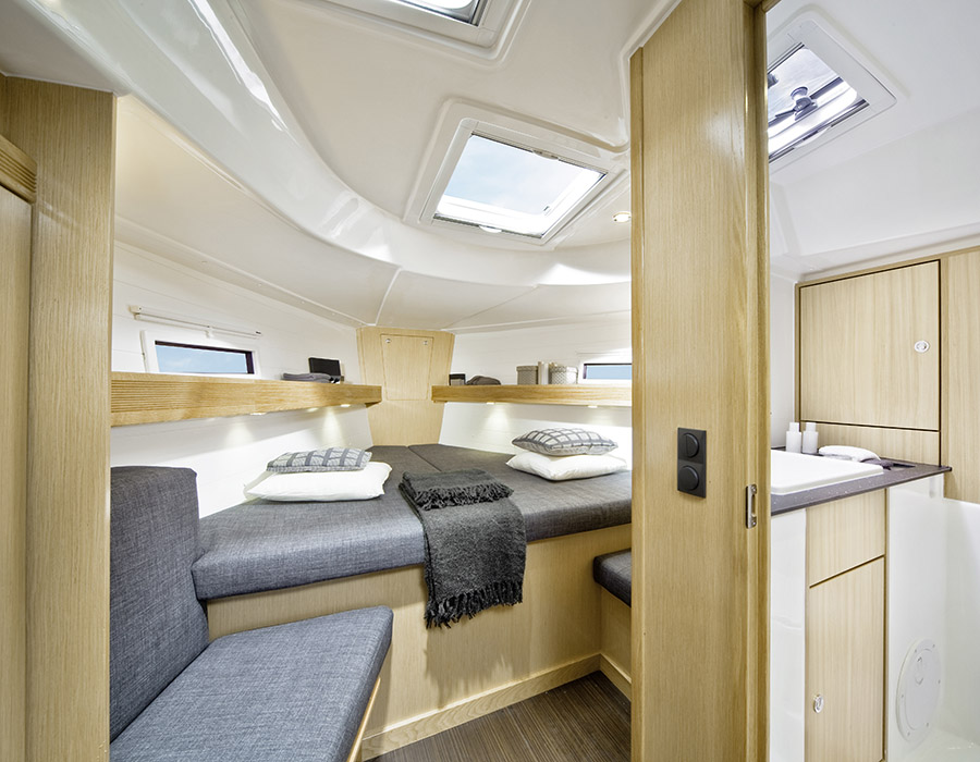 interno Bavaria Cruiser 40