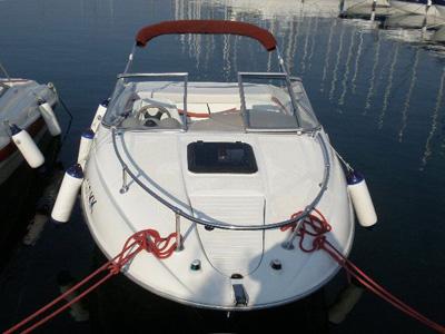 Location bateau  Bayliner 192 Capri Sport