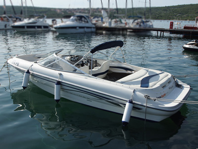 Location bateau  Bayliner 215 Sport