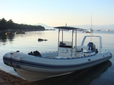 location bateau Bwa 750