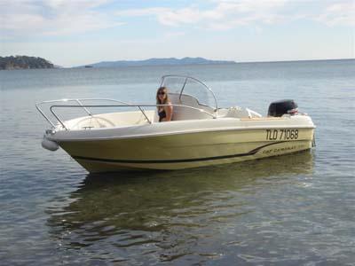 location bateau Cap Camarat 545