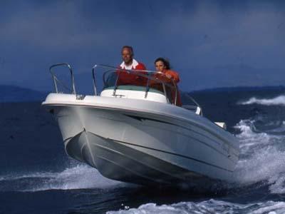 location bateau Cap Camarat 625