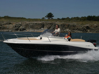 location bateau Cap Camarat 715 WA