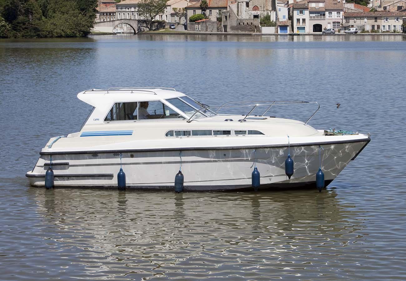 location bateau Capri TS