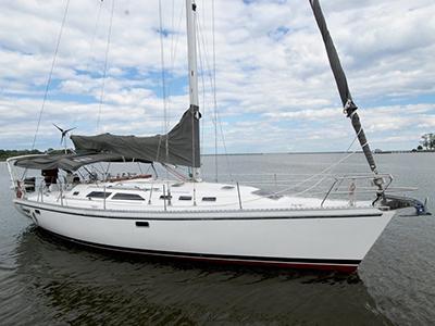 location bateau Catalina 400