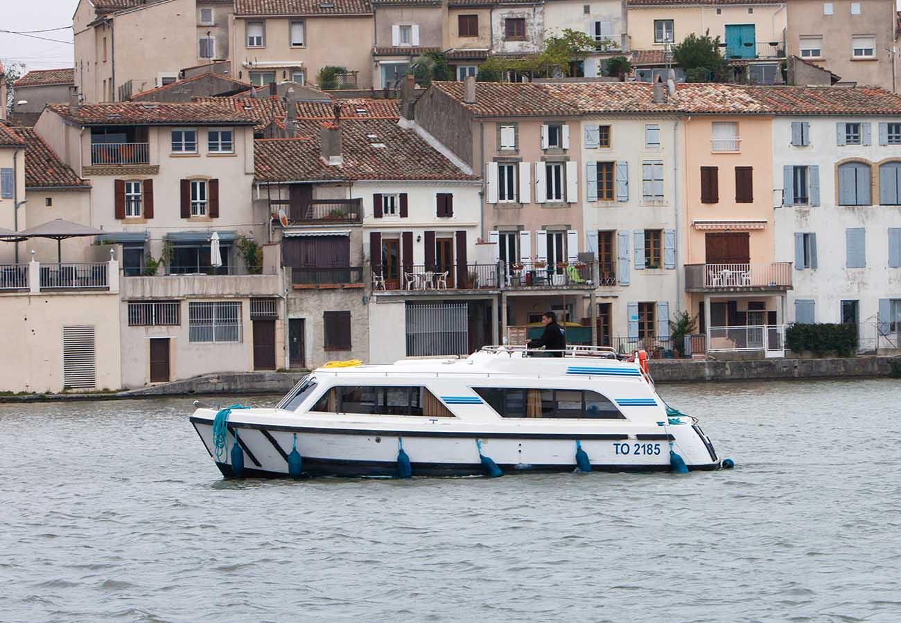 location bateau Cirrus B
