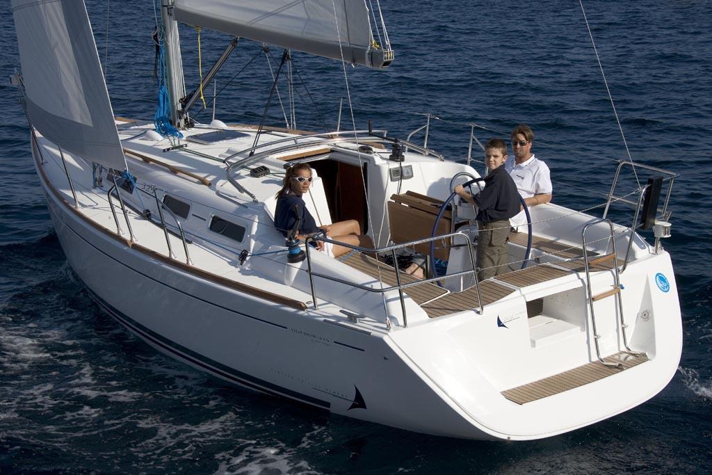 location bateau Dufour 325 GL