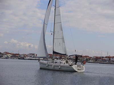location bateau Elan 31