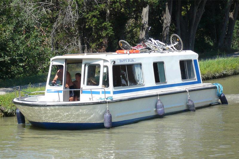 location bateau Espade 930