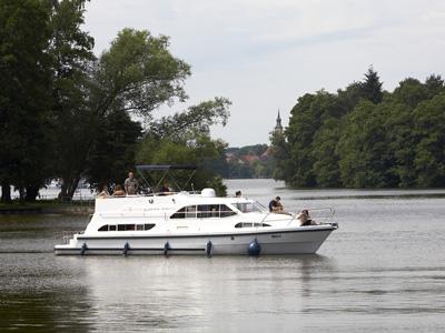 Location bateau  Europa 600