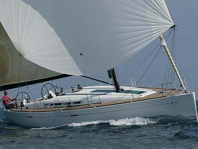 location bateau First 50