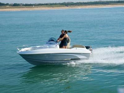 location bateau Flyer 500 Open