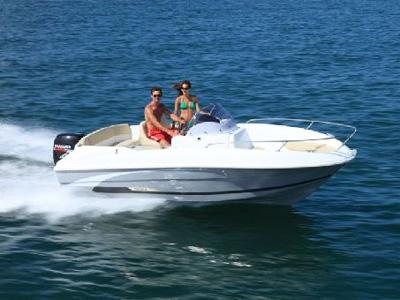 location bateau Flyer 550 Open